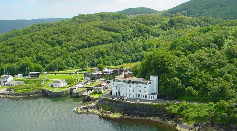 Crinan Canal Cottage-18 of 30 photos