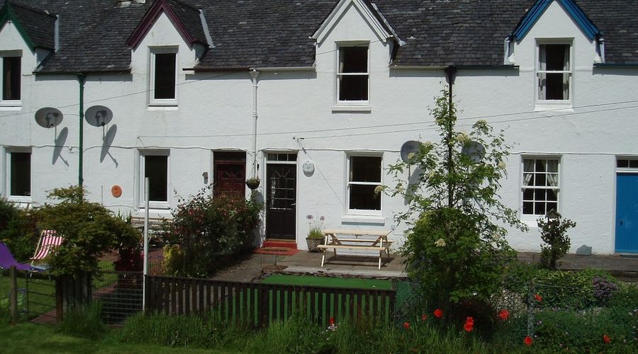 Crinan Canal Cottage-14 of 30 photos