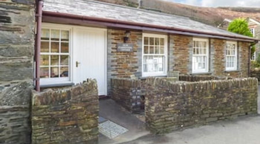 Olde Carpenters Cottage-1 of 11 photos