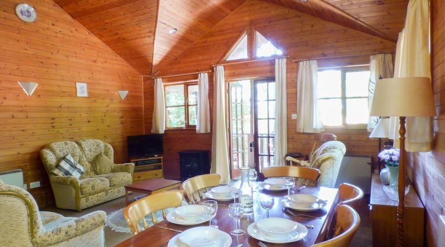 Acorn Lodge-6 of 18 photos