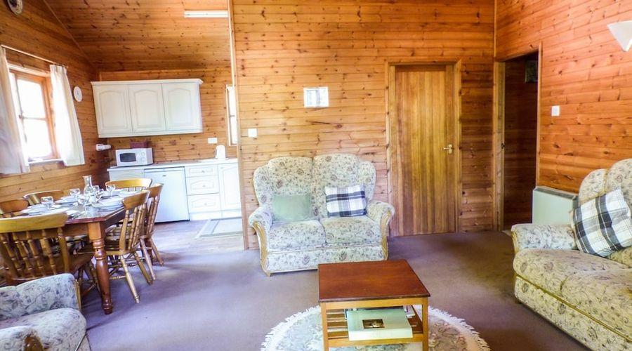 Acorn Lodge-9 of 18 photos