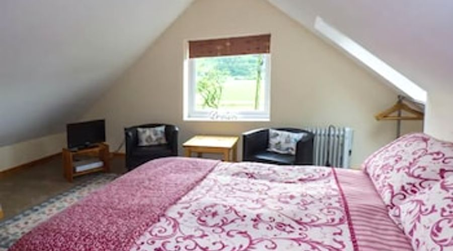 Bryn Melyn Artist's Cottage-2 of 12 photos