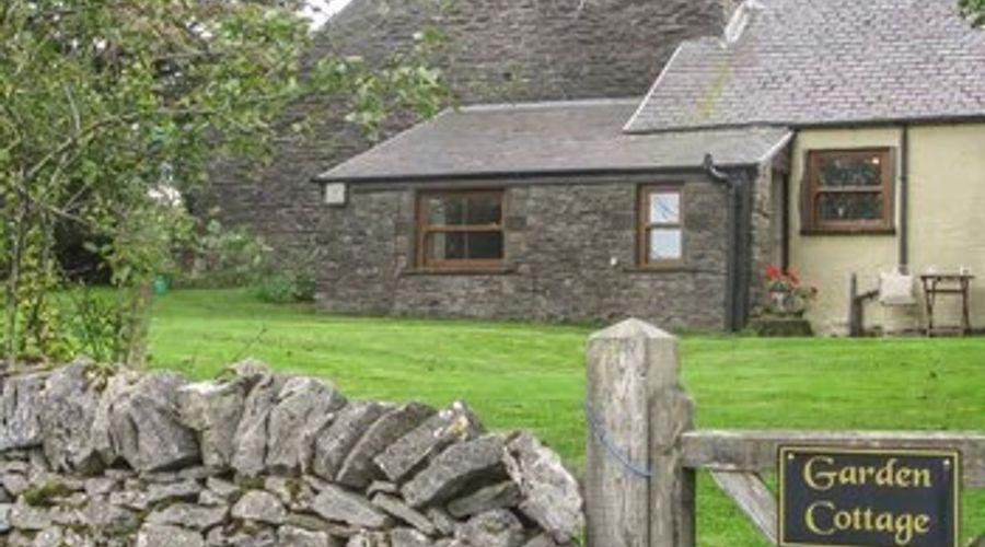 Garden Cottage-1 of 10 photos