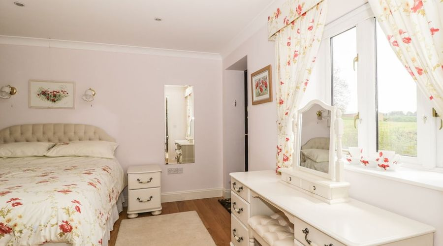 Bluebell Cottage at Honeywood-2 of 18 photos