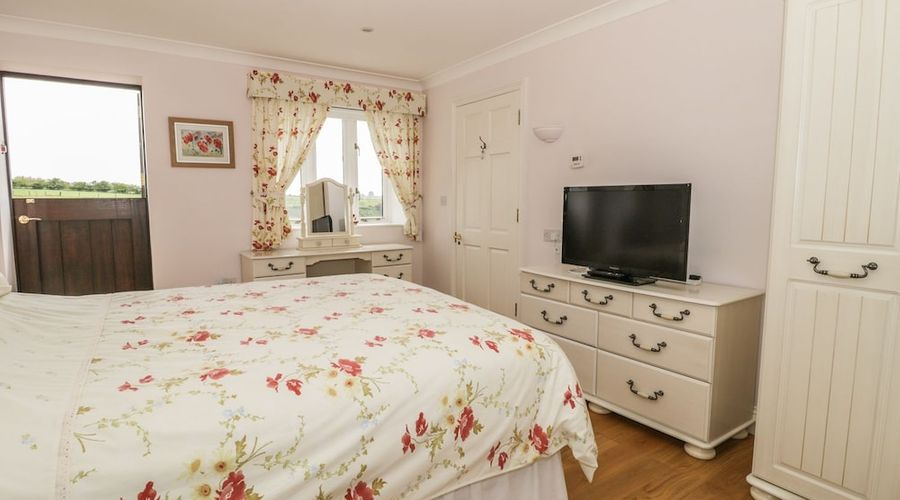 Bluebell Cottage at Honeywood-5 of 18 photos