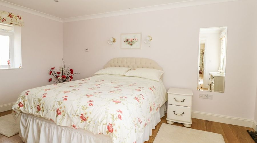 Bluebell Cottage at Honeywood-4 of 18 photos