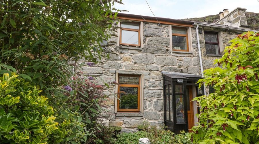 Trefeini Cottage-22 of 27 photos