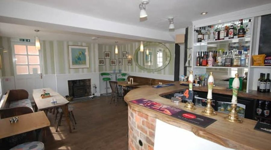 The Old Red Lion-17 of 25 photos