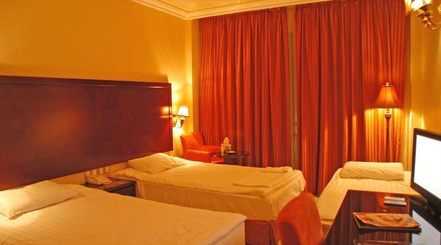 Captain's Hotel-7 of 16 photos