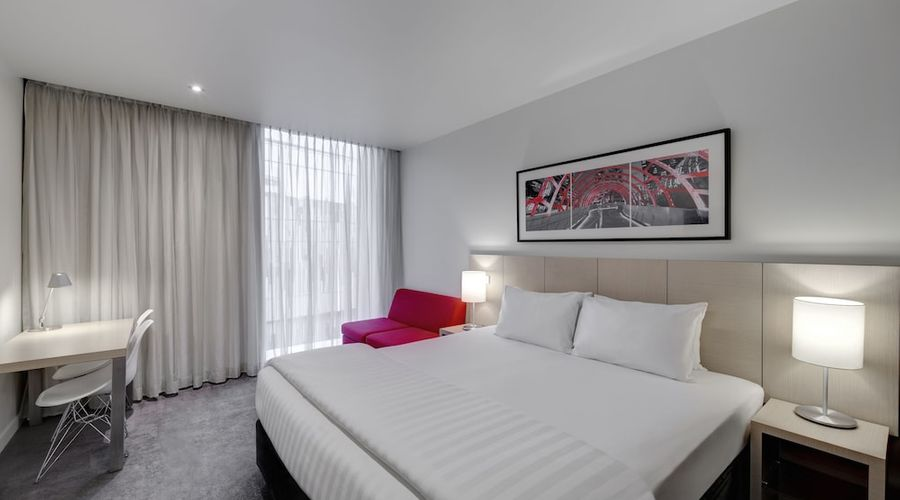 Travelodge Hotel Melbourne Docklands-1 of 40 photos
