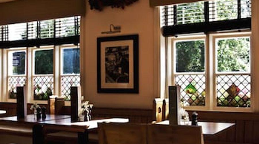 The Swan Inn-15 of 25 photos