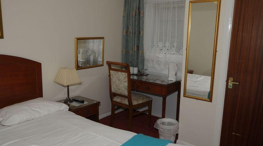 Wimblehurst Hotel-9 of 21 photos