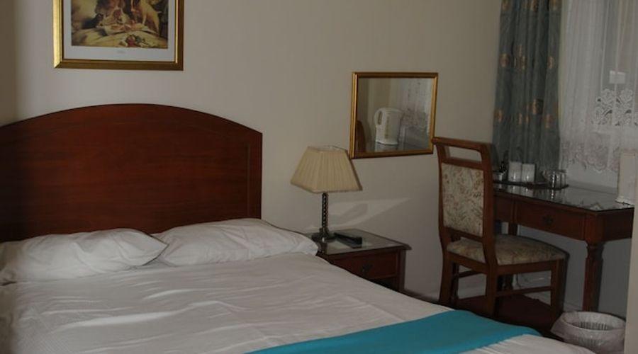 Wimblehurst Hotel-8 of 21 photos