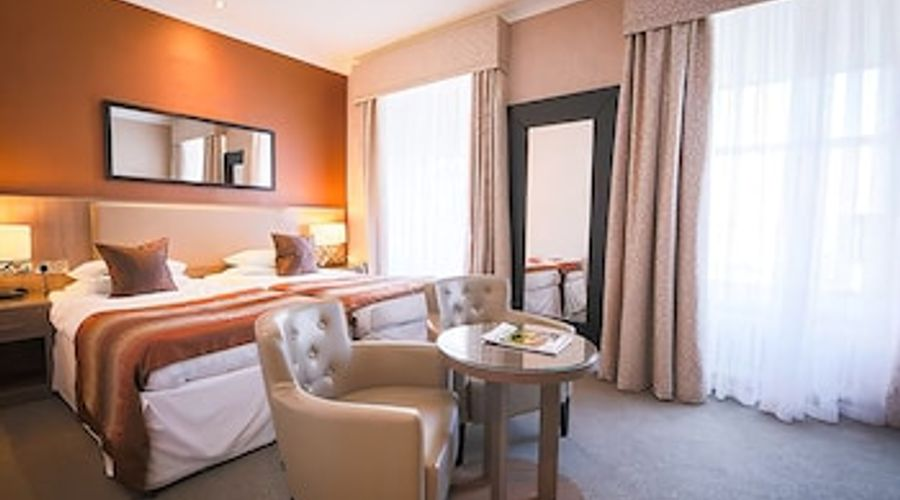 Brisbane House Hotel-7 of 35 photos