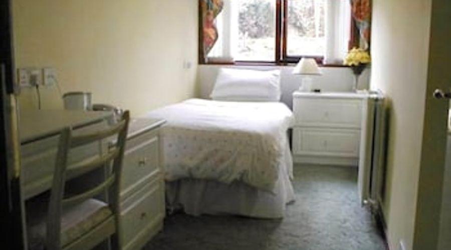 Shawlee Cottage - B&B-6 of 7 photos