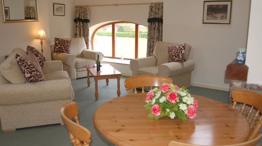 The Wold Cottage - B&B-22 of 50 photos