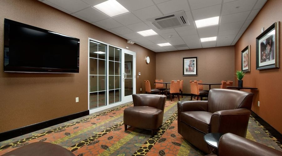 Homewood Suites by Hilton Rochester/Greece, NY-3 of 32 photos