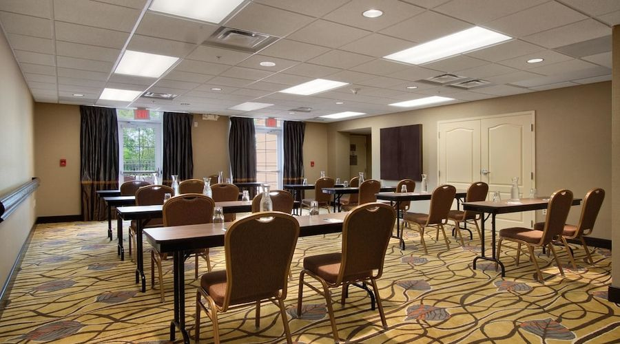 Homewood Suites by Hilton Rochester/Greece, NY-28 of 32 photos