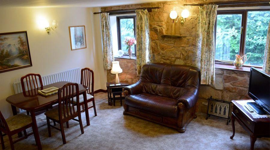 The Bull's Head Inn at Chelmarsh-37 of 107 photos