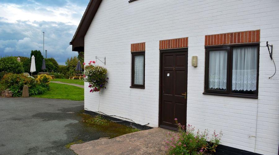 The Bull's Head Inn at Chelmarsh-87 of 107 photos