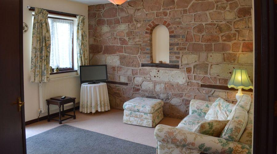 The Bull's Head Inn at Chelmarsh-39 of 107 photos