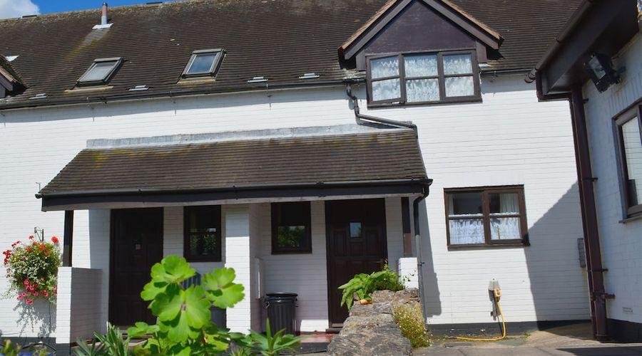 The Bull's Head Inn at Chelmarsh-94 of 107 photos