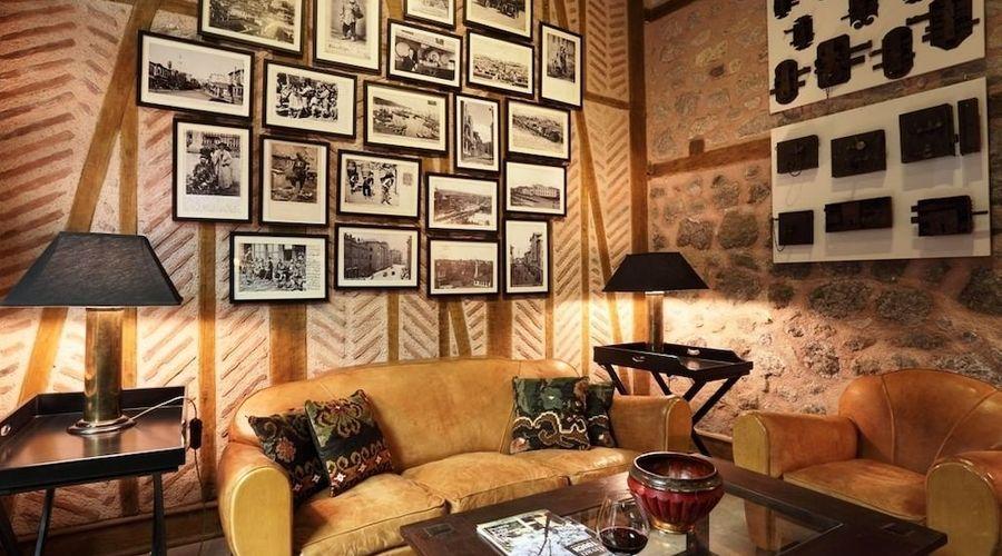 Divan Cukurhan - Boutique Class-1 of 43 photos