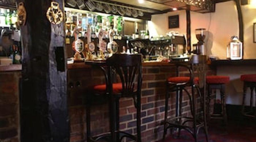 The Saracens Head - Inn-8 of 8 photos