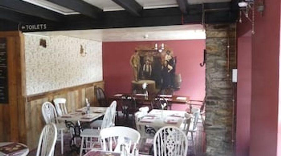 Caradon Inn-6 of 10 photos