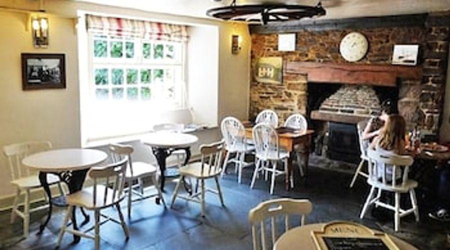 Caradon Inn-9 of 10 photos