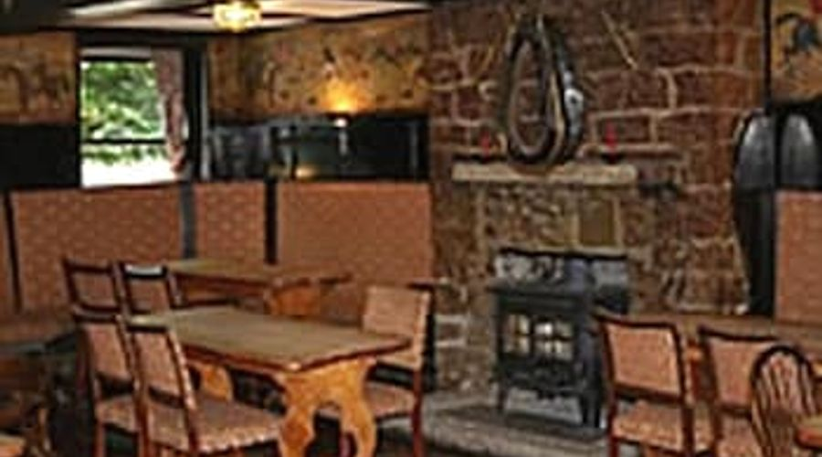 East Dart Hotel - Restaurant With Rooms-6 of 9 photos
