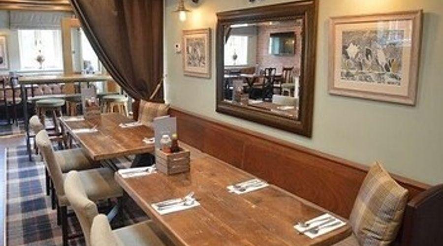 The Royal Oak - Inn-11 of 21 photos