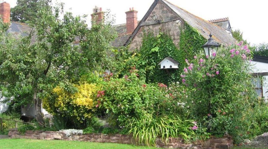 Steps Farmhouse - Guest house-23 of 29 photos