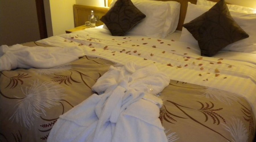 Woodland Bay Hotel-3 of 29 photos