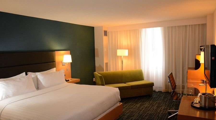 Holiday Inn Express and Suites Stamford-6 of 24 photos