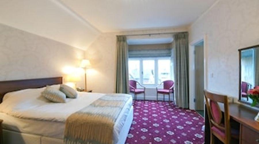 Brambletye Hotel-4 of 12 photos