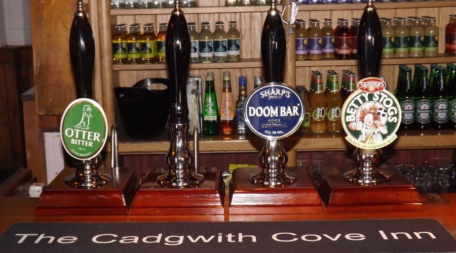 Cadgwith Cove Inn-10 of 17 photos