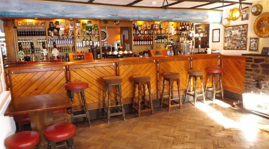 Cadgwith Cove Inn-9 of 17 photos