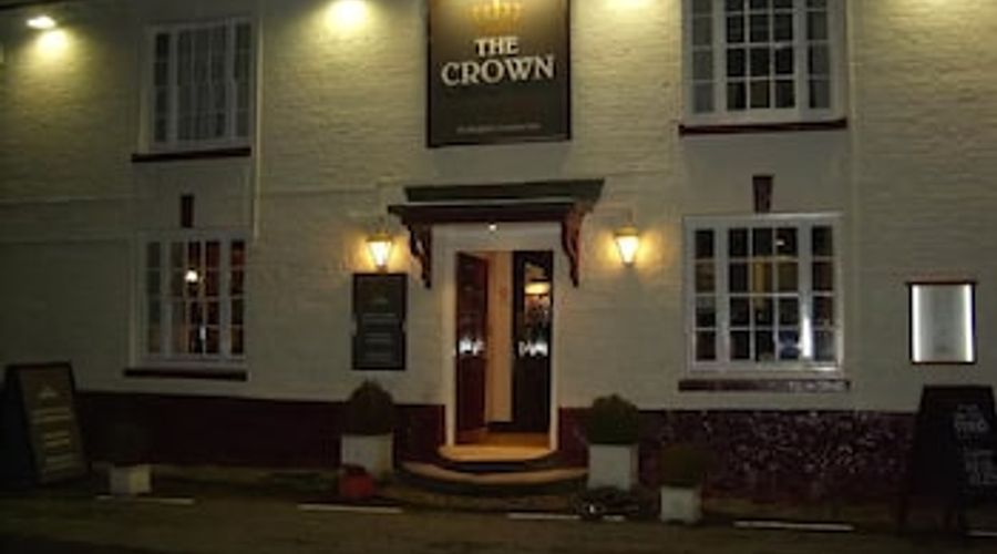 Crown at Aldbourne-23 of 26 photos