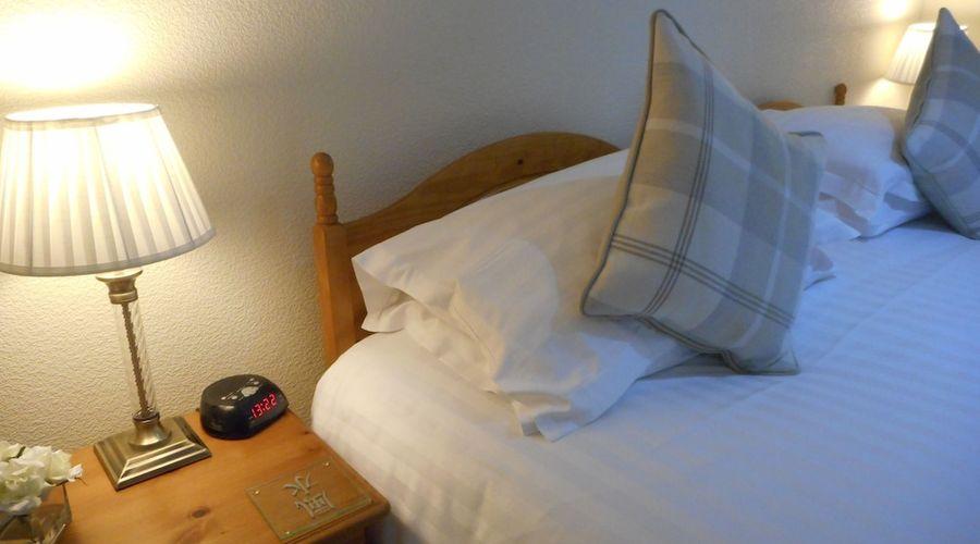 Robertson Arms Hotel-2 of 35 photos