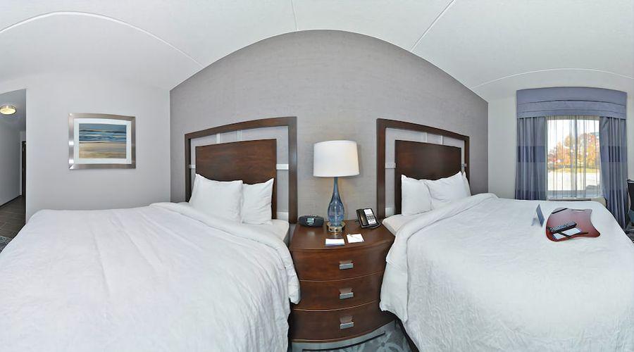 Hampton Inn & Suites Greensboro/Coliseum Area-15 of 36 photos