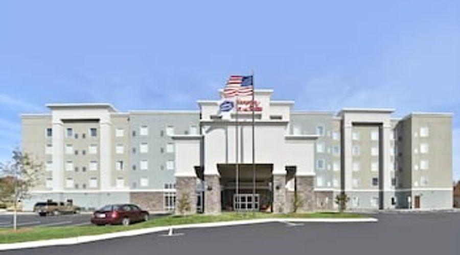 Hampton Inn & Suites Greensboro/Coliseum Area-34 of 36 photos