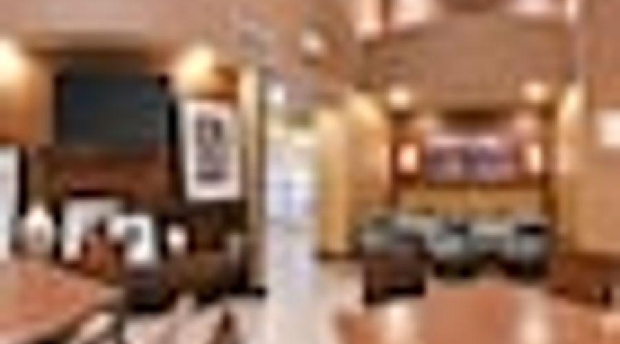 Hampton Inn & Suites Greensboro/Coliseum Area-36 of 36 photos