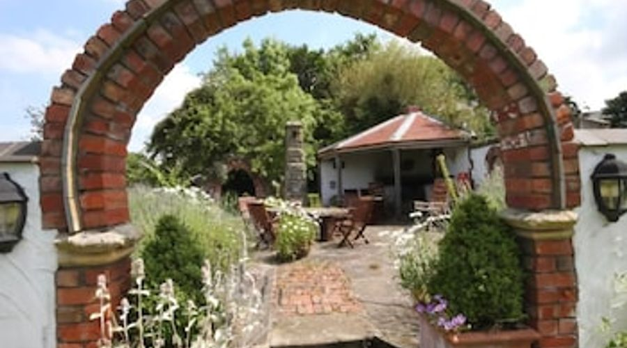 Pen-Y-Bryn House-21 of 26 photos