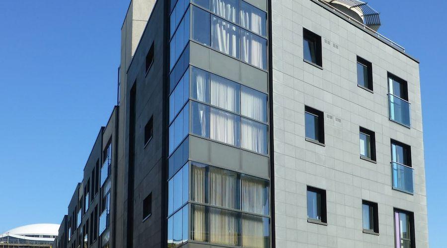 Liberty Wharf Apartments-12 of 19 photos