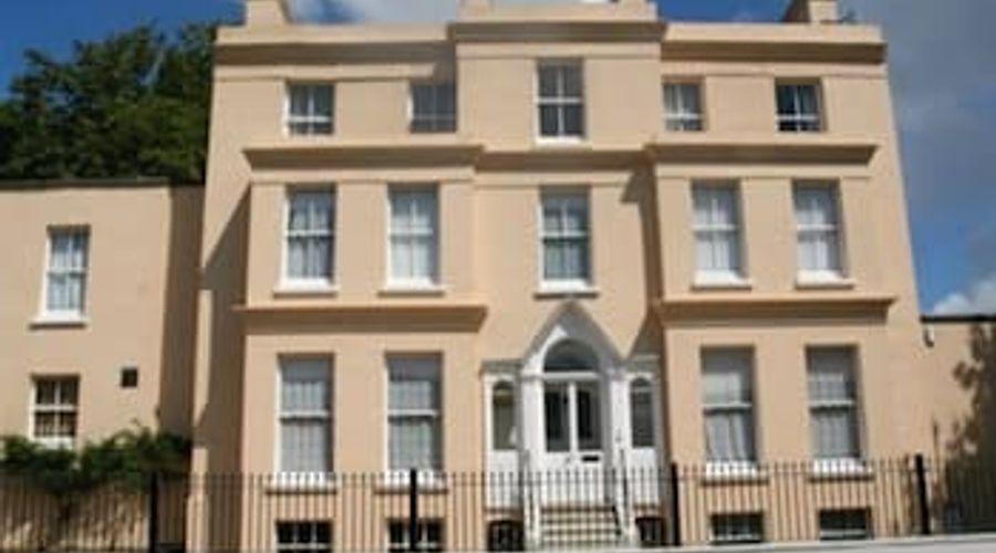 Manor House, Felpham Serviced Apartments-43 of 44 photos