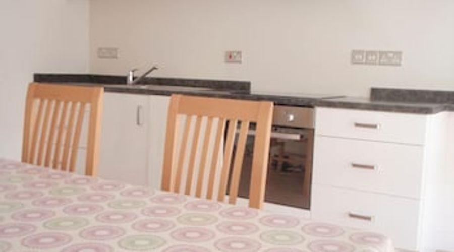 Manor House, Felpham Serviced Apartments-24 of 44 photos