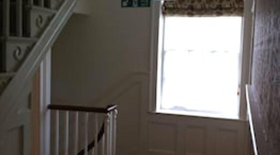 Manor House, Felpham Serviced Apartments-40 of 44 photos