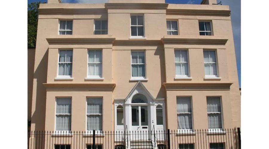 Manor House, Felpham Serviced Apartments-42 of 44 photos