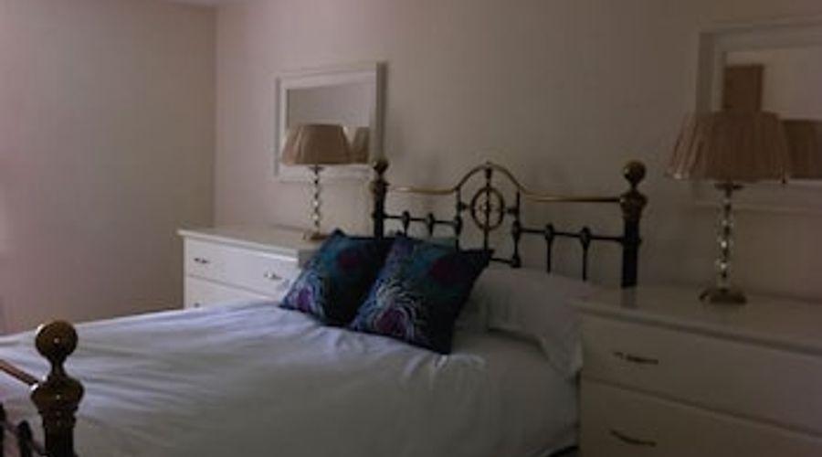 Manor House, Felpham Serviced Apartments-15 of 44 photos